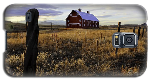 Galaxy S5 Case featuring the photograph Red Barn In The Golden Field by Kristal Kraft