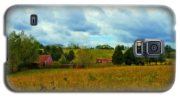 Red Barn Six Galaxy S5 Case by Ken Frischkorn
