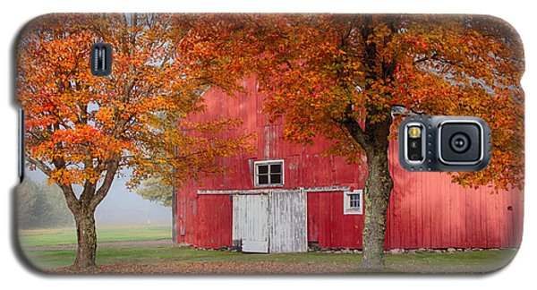 Galaxy S5 Case featuring the photograph Red Barn With White Barn Door by Jeff Folger