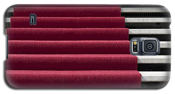 Red Carpet On Stairs Galaxy S5 Case by Hans Engbers