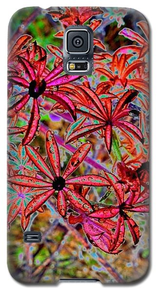 Red Flowers Galaxy S5 Case by Karen Newell