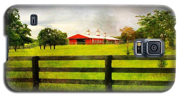 Red Horse Barn Galaxy S5 Case