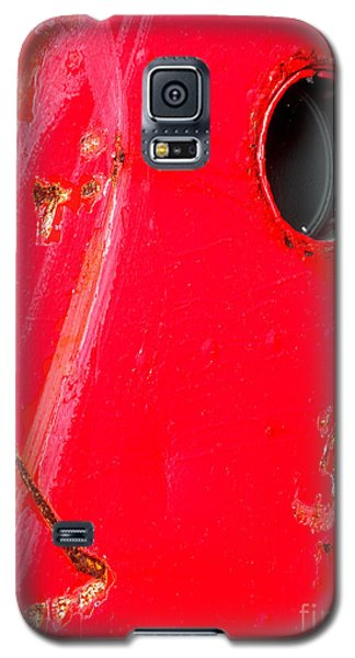 Galaxy S5 Case featuring the photograph Red Hull by Robert Riordan