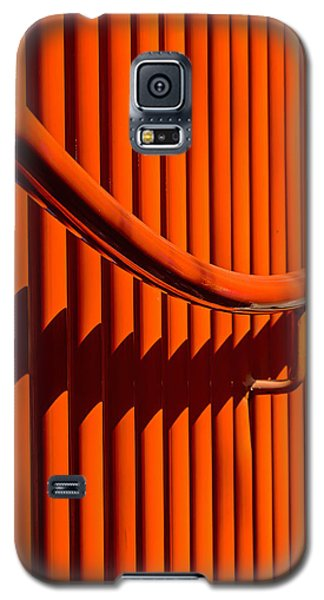 Red Lines And Curves Galaxy S5 Case by Gary Slawsky