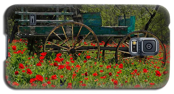 Red Poppies With Wagon Galaxy S5 Case