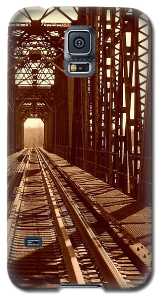Galaxy S5 Case featuring the photograph Red River Train Bridge #2 by Robert ONeil