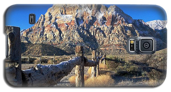 Galaxy S5 Case featuring the photograph Red Rock Snow by Alan Socolik