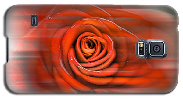 Galaxy S5 Case featuring the photograph Red Rose by Leif Sohlman