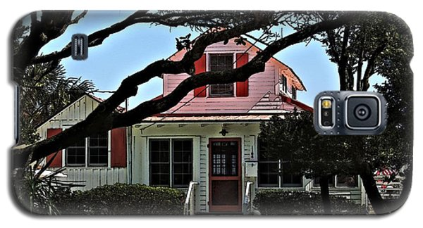 Galaxy S5 Case featuring the photograph Red Shutters Cottage by Laura Ragland