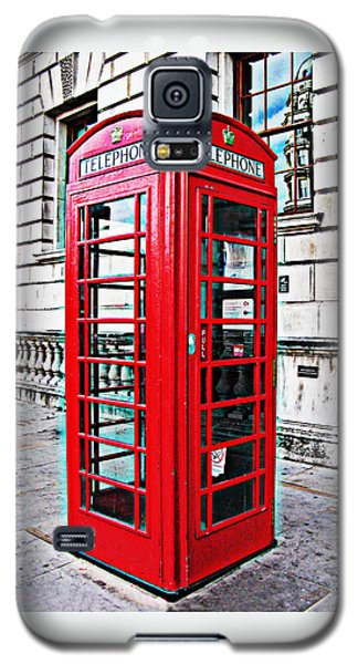 Red Telephone Box Call Box In London Galaxy S5 Case by Tom Conway