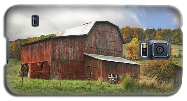 Galaxy S5 Case featuring the photograph Red Tobacco Drying Barn by Robert Camp
