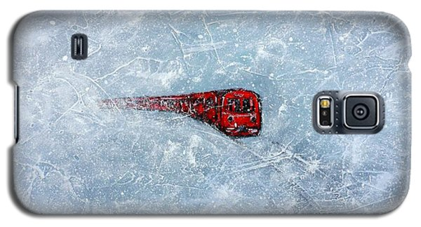 Red Train Braving The Winter Galaxy S5 Case