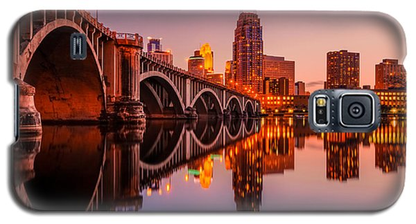 Reflecting Beauty Minneapolis Mn Galaxy S5 Case by RC Pics