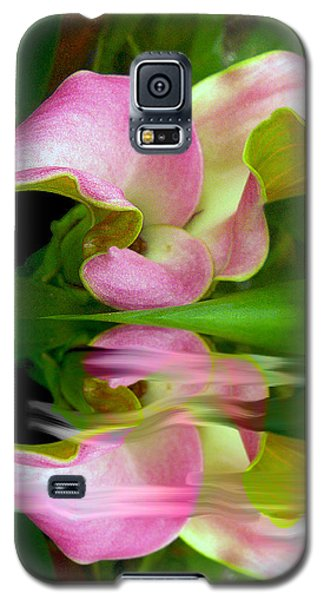 Reflecting Lily Galaxy S5 Case