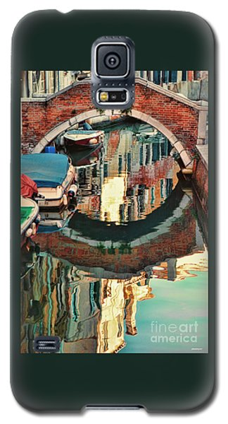 Reflection-venice Italy Galaxy S5 Case by Tom Prendergast