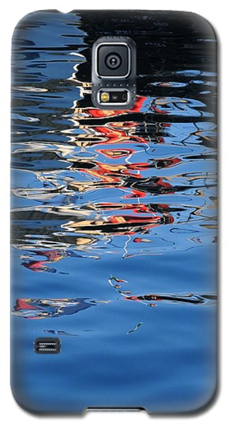 Reflections In Red Galaxy S5 Case