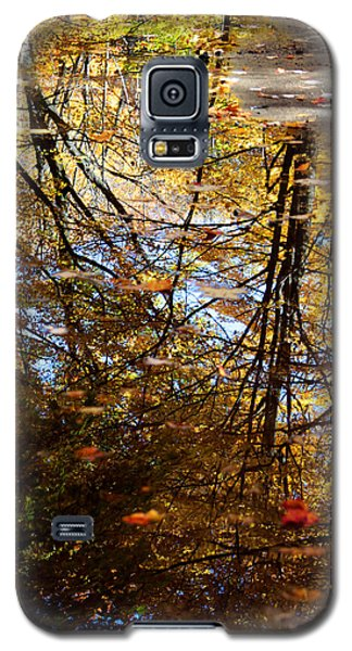 Galaxy S5 Case featuring the photograph Reflections by John Freidenberg