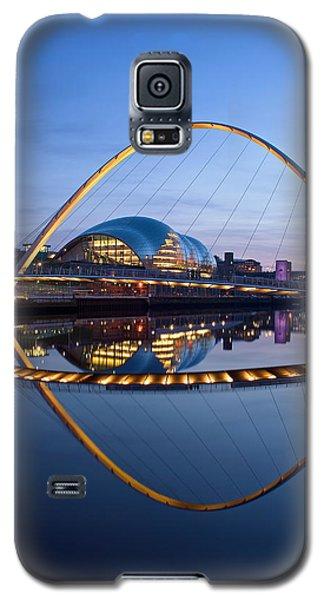 Reflections Of The Millenium Bridge Galaxy S5 Case
