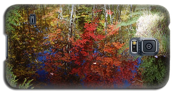Galaxy S5 Case featuring the photograph Reflections On Algonquin by David Porteus