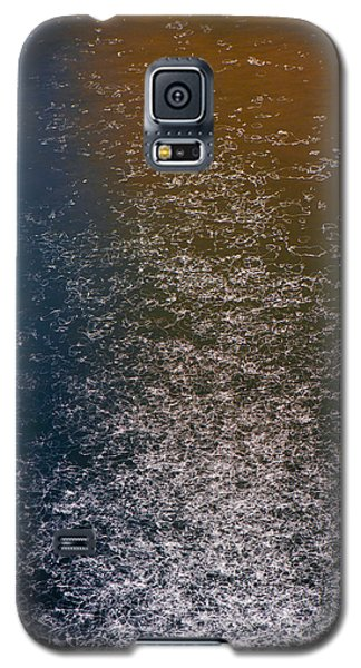 Galaxy S5 Case featuring the photograph Reflections On Chicago River  73a7293 by David Orias