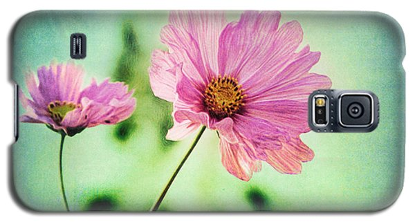 Galaxy S5 Case featuring the photograph Remember by Douglas MooreZart