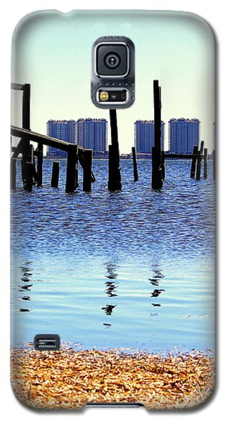 Galaxy S5 Case featuring the photograph Reminders by Faith Williams