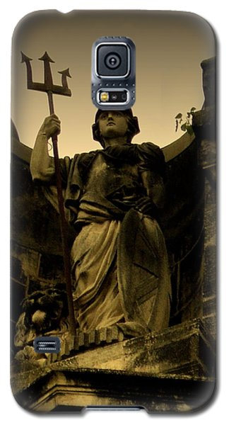 Galaxy S5 Case featuring the photograph Trident To The Sky by Salman Ravish