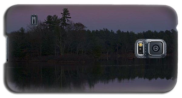 Galaxy S5 Case featuring the photograph Replacing The Sunset II by Alice Mainville