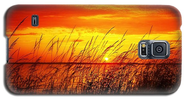 Galaxy S5 Case featuring the photograph Reservoir Sunset 3 by Jim Albritton