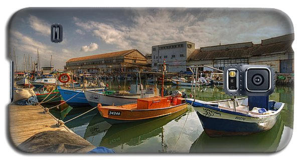 resting boats at the Jaffa port Galaxy S5 Case