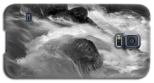 Ribbon Fall Creek Black And White Galaxy S5 Case