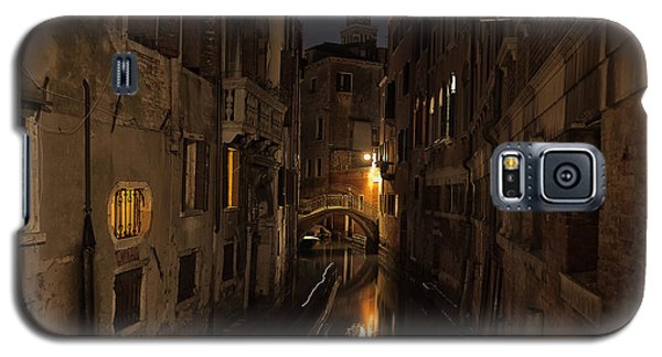 Galaxy S5 Case featuring the photograph Rio Della Verona by Marion Galt