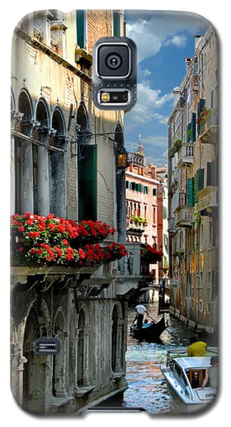 Galaxy S5 Case featuring the photograph Rio Menuo O De La Verona. Venice by Jennie Breeze