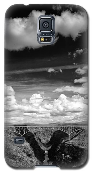 River And Clouds Rio Grande Gorge - Taos New Mexico Galaxy S5 Case
