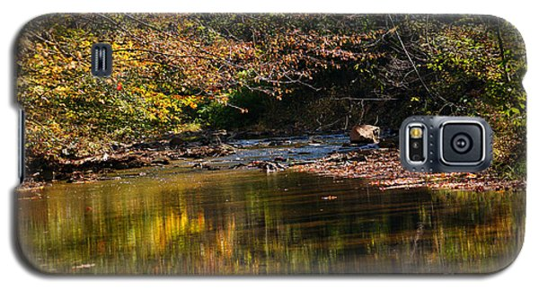 Galaxy S5 Case featuring the photograph River In Autumn by Lisa L Silva