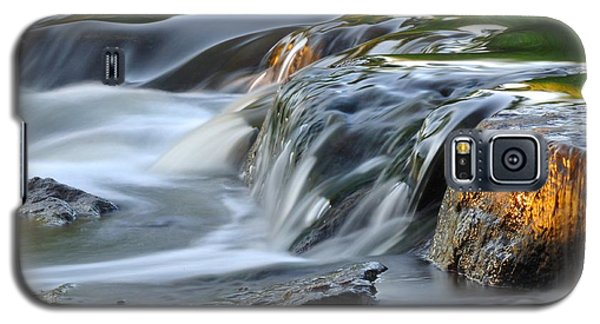 River In Slow Motion Galaxy S5 Case by Todd Soderstrom