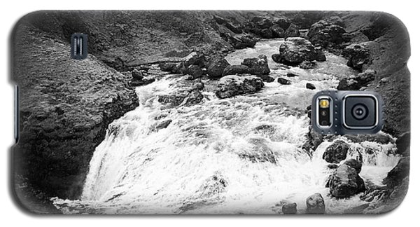 River Landscape Iceland Black And White Galaxy S5 Case