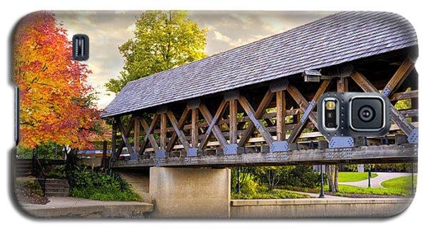 Riverwalk Footbridge Galaxy S5 Case by Anthony Citro