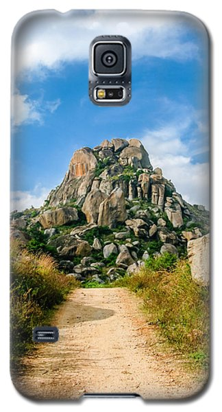 Road Into The Hills Galaxy S5 Case