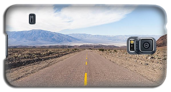 Road To Death Valley Galaxy S5 Case by Muhie Kanawati