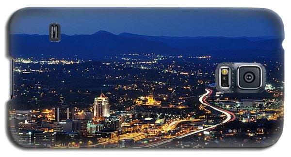Roanoke City As Seen From Mill Mountain Star At Dusk In Virginia Galaxy S5 Case by Paul Fearn