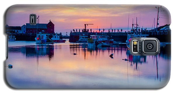 Galaxy S5 Case featuring the photograph Rockport Harbor Sunrise Over Motif #1 by Jeff Folger