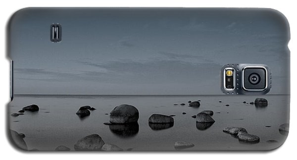 Galaxy S5 Case featuring the photograph Rocks At Midnight by Alex Weinstein