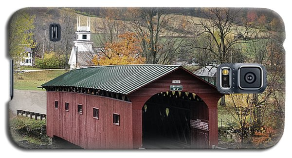Rockwell Country - The Covered Bridge Of West Arlington Galaxy S5 Case