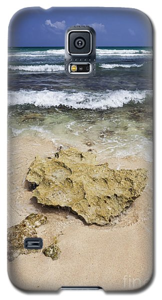 Rocky Shoreline In Tulum Galaxy S5 Case