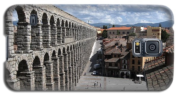 Galaxy S5 Case featuring the photograph Roman Aqueduct I by Farol Tomson
