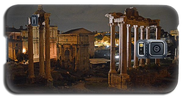 Galaxy S5 Case featuring the photograph Roman Forum At Night 2 by Nancy Bradley