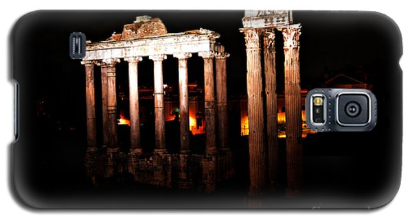 Galaxy S5 Case featuring the photograph Roman Forum At Night by Nancy Bradley