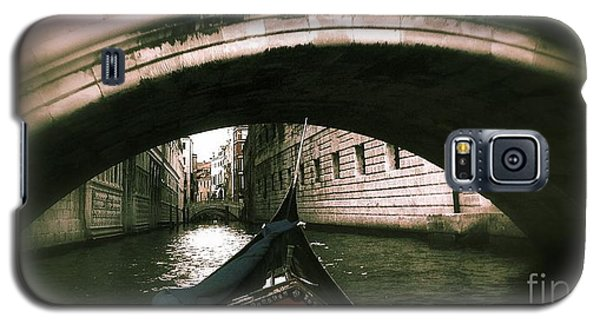 Galaxy S5 Case featuring the digital art Romance Under The Bridge by Delona Seserman