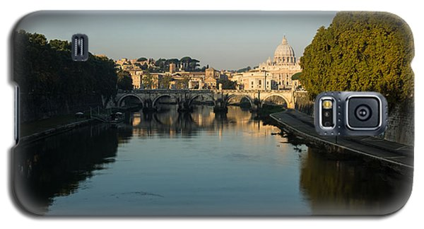 Galaxy S5 Case featuring the photograph Rome Waking Up by Georgia Mizuleva